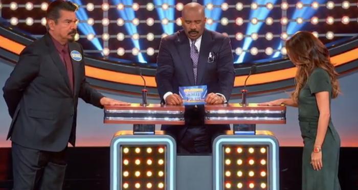 Eva Longoria vs George Lopez and Yvette Nicole Brown vs Ashley Graham