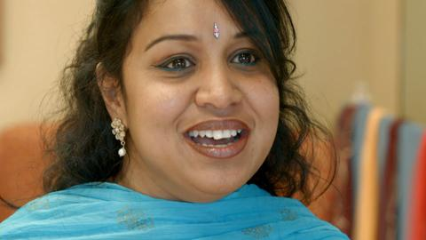 Madhu Srivastava – South Asian Bollywood dance teacher