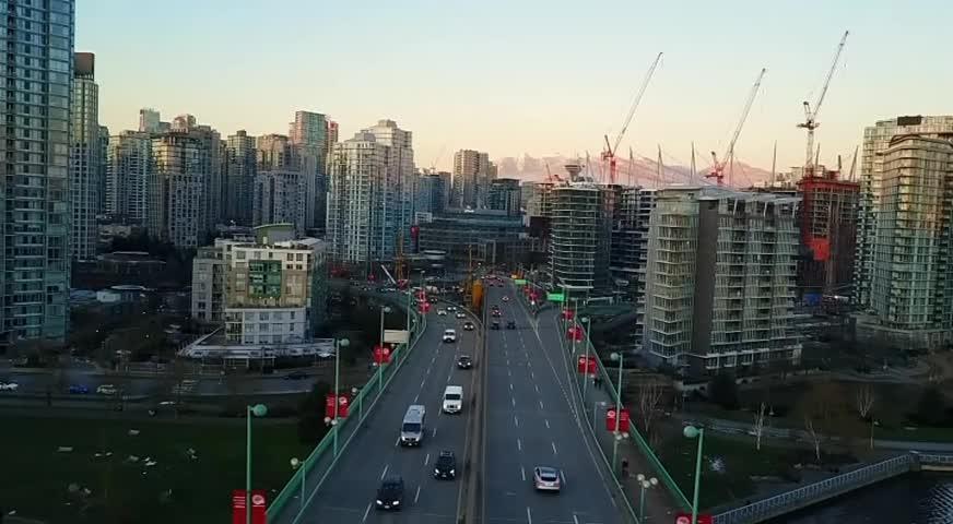 省府宣布审查BC水电公司营运 为控制成本抑制电费上涨寻求建议-JUN 11, 2018 (BC)