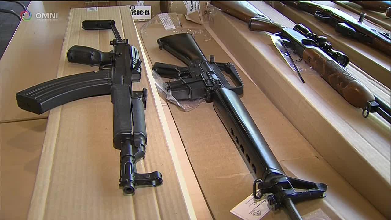 Armi in Canada: continua il dibattito