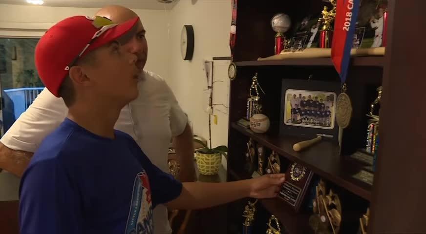素裏13歲棒球小明星 父母難民申請待審 獲聯邦特發臨時居住證隨隊參賽(BC) – 2018AUG16