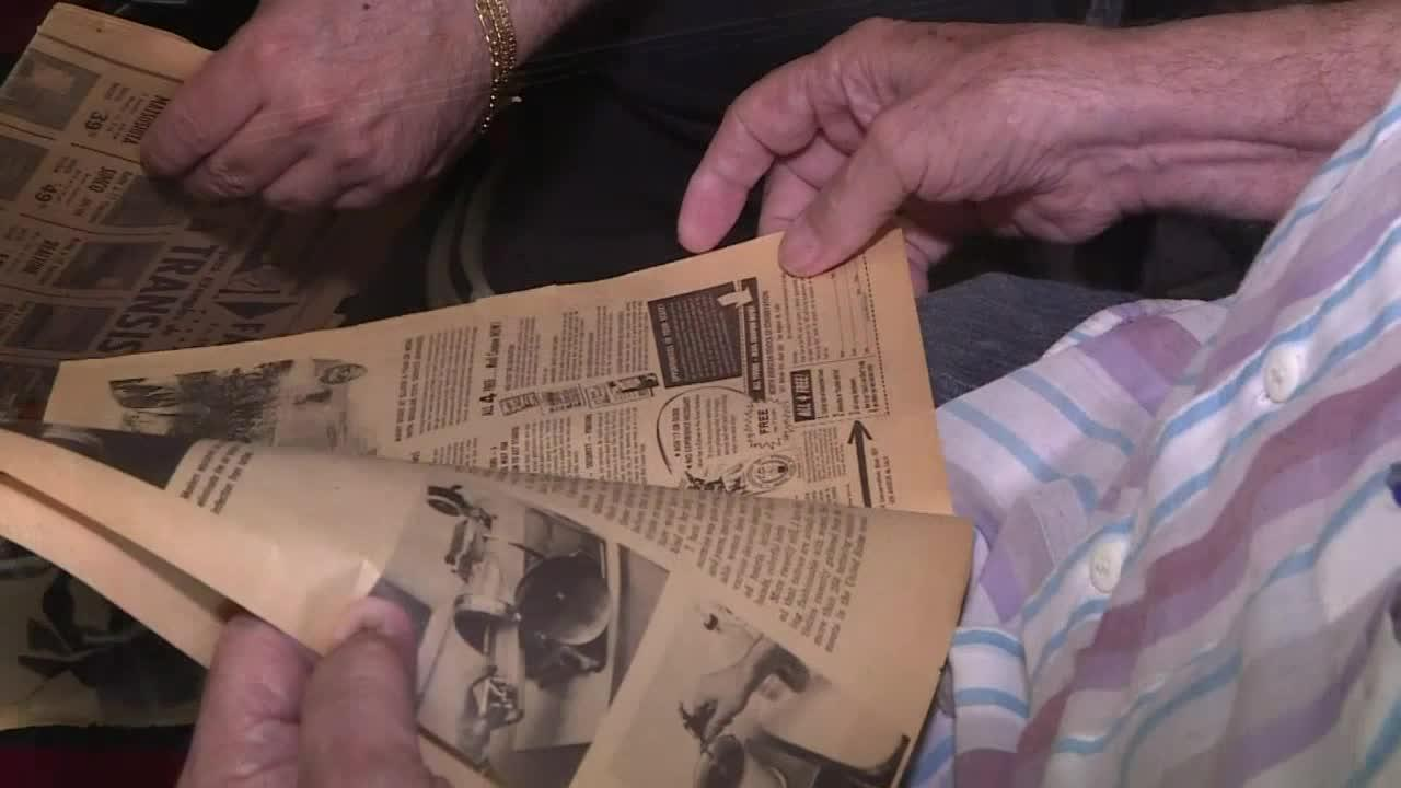 Un tatuatore italoamericano di 74 anni continua il suo mestiere nonostante l'età