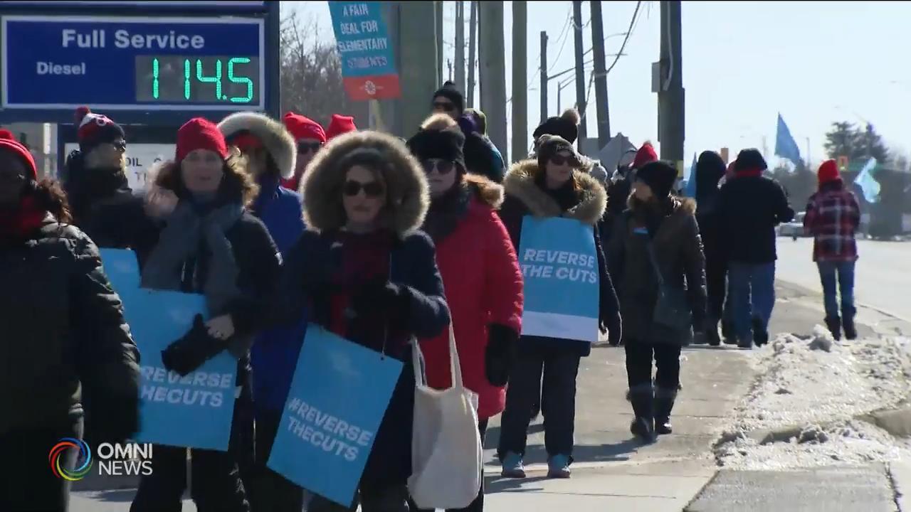 皮爾區罷工教師設置30公里糾察線 — Feb 21, 2020 (ON)