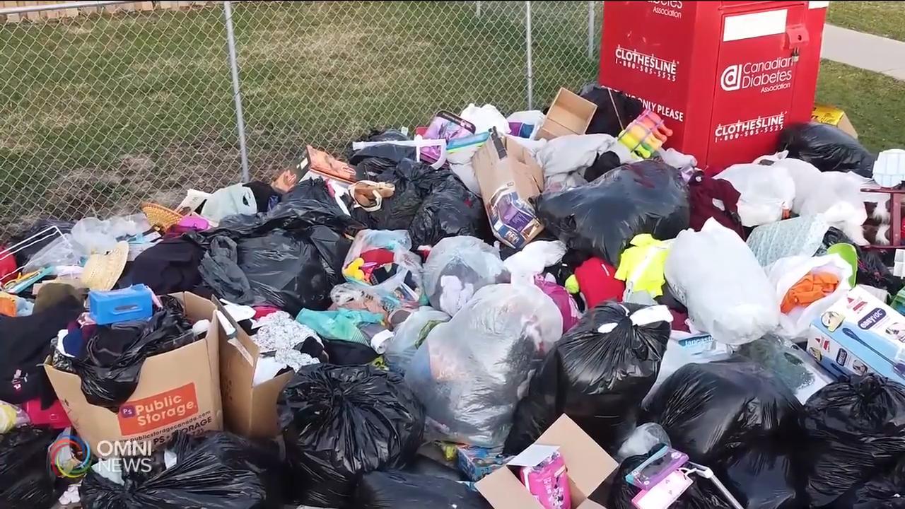 疫情期間衣物捐贈箱無人處理 — Apr 07, 2020 (ON)