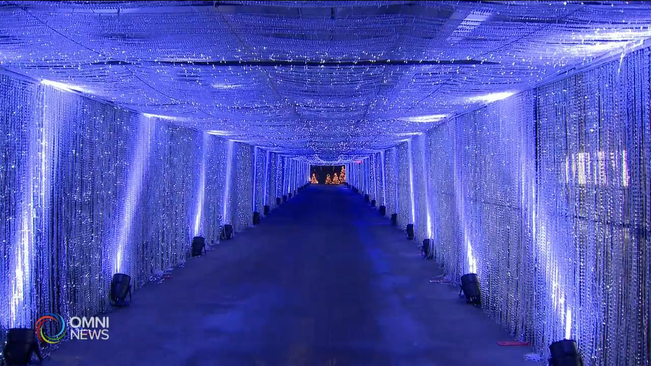 機場停車場搖身成為大型聖誕燈飾活動 — Nov 26, 2020 (ON)